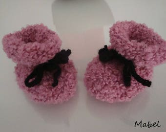 Baby shoes, boots, baby pink and black, soft and warm