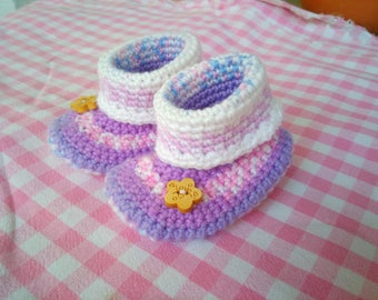 Newborn booties by hand