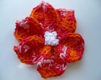 Flower crochet applique flower thimbles.