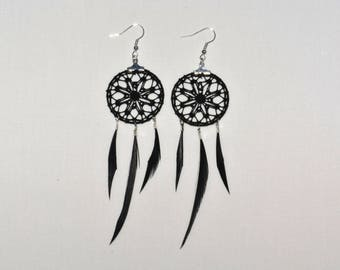 Creole earrings in Black Lace with feathers