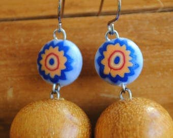 Natures earrings yellow and blue