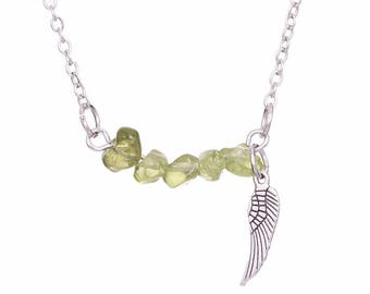 silver plated silver necklace pendant peridot chips
