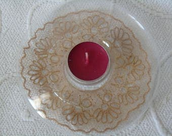 plexi with bobbin candle holder