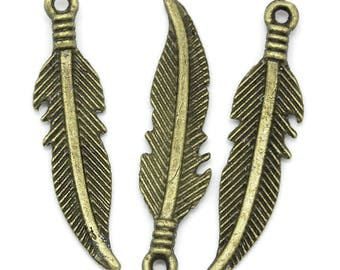 50 27x6mm Bronze feather charms pendants