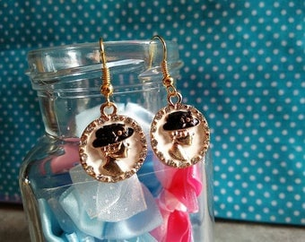 Nice pair of gold plated earring Medaillom