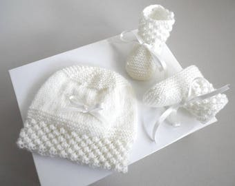 1 + 1 free: hats and slippers 1 m pink and off-white