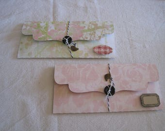Gift notes, shabby, flowers and kraft label bags