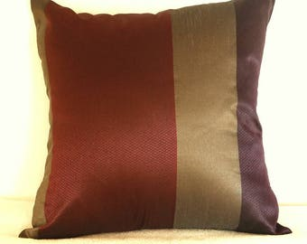 Cushion covers 50 * 50 in quilted gold, Burgundy and plum striped taffeta fabric