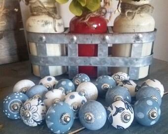 ON SALE Gray Grey Ceramic Knobs/Knobs/Cabinet Knobs-/Dresser Knobs/Drawer Pulls/Knobs/Shabby Chic/Knob/Drawer Knobs/Nursery/Pulls