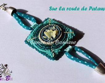 "Embroidered bracelet ""On the road of Patawa"""