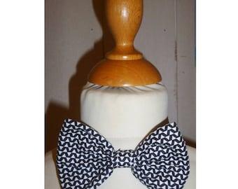 Bow tie geometric print boy