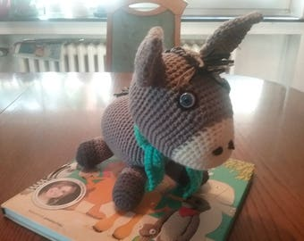 Eduardo The donkey is looking for a loving home, approx. 15 cm
