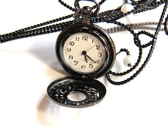 The palladium grey round pocket watch