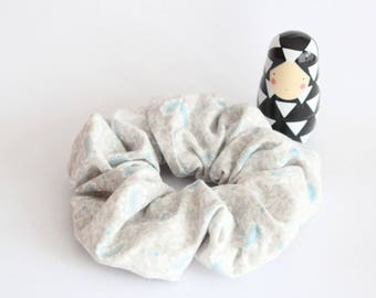 Grey with blue Arabesque scrunchies