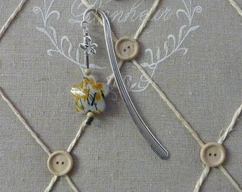 Silver - 12.5 cm for the stem - Perle resin yellow bookmark