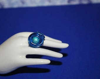 T49 stardust bead and blue aluminum wire ring