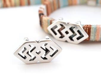 1 Pearl width chevron ethnic silver 27 x 14 for cord 10mm