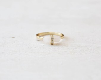 Quartz Ring - delicate ring- Gold ring - Gold Quartz Ring - gold delicate ring - Minimalist jewelry - R004
