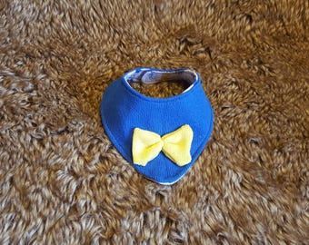 blue knit cotton teething bibs, handmade baby bibs, baby boy bibs, baby accessories, hand knit bibs for boys, bow tie for baby boy