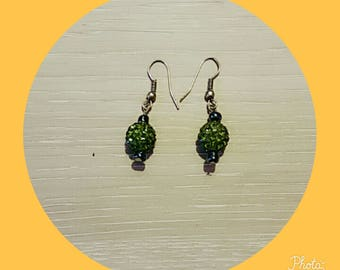 earring with a Green Pearl