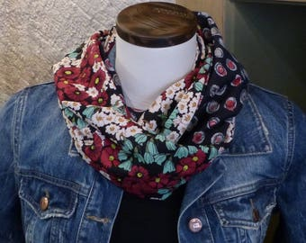 FX97 snood scarf tissue fluid viscose fabric and black flowers flowing with red and beige circles