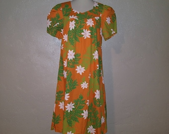 Vintage 80s Orange / Green Floral Muumuu Dress ~ MOD/Indie/Pocket 100% Cotton XL/L