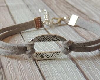 Bracelet gray oval suede suede