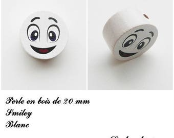 Wooden bead of 20 mm, flat bead, smiley face: white