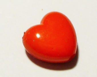 1 small red AC357 Red 10mm heart bead