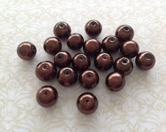 20 round pearls Brown 8 mm