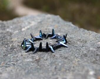 Bracelet Czech glass beads spikes