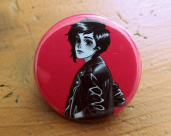 Badge Punk girl with perfecto 32mm