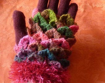mittens 53% Virgin wool, crochet, to wear on gloves, pink and green