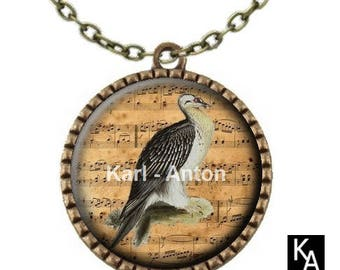 Bronze color necklace with round pendant + chain pattern bird singing (760)