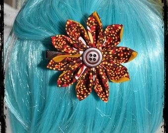 """""""Simplicity laterite flower"""" kanzashi hair clip"""