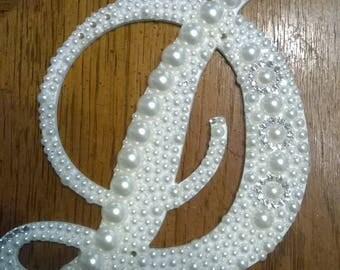 Pearl Covered Cake Topper