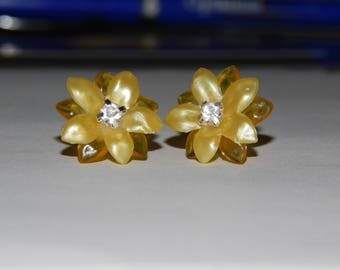 Yellow Two Toned 10 Pedal Flower Earrings