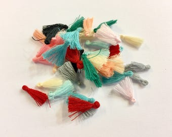 50 cotton PomPoms 15mm for jewelry designs