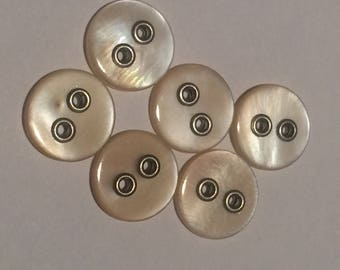 6 buttons in mother-of-Pearl natural - with 2 holes - round - 9mm