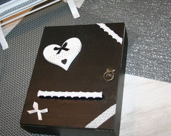 box keys black and white wooden heart and lace