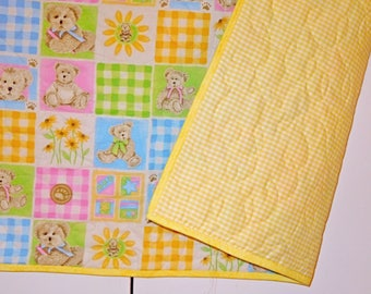 Baby quilts. Yellow baby quilt. Baby boy quilt. Baby girl quilt. Teddy bear quilt. Infant bedding. Baby blanket. Handmade baby quilt.