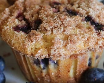 Blueberry Muffins with struesel topping