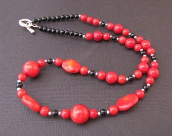 Onyx and Red Sea bamboo necklace