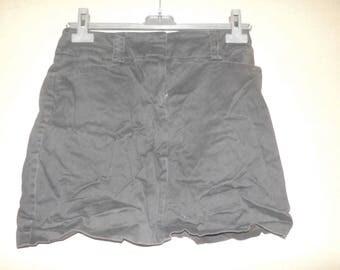 Brown short skirt