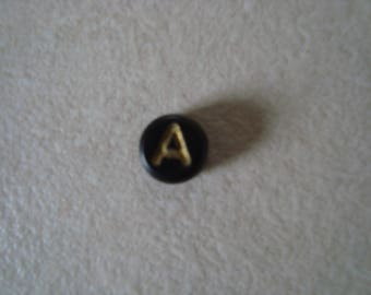Letter A gold Black Pearl