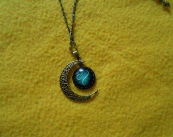 Cresent moon leo zodiac necklace