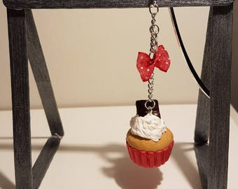 bookmark made of polymer clay cupcake