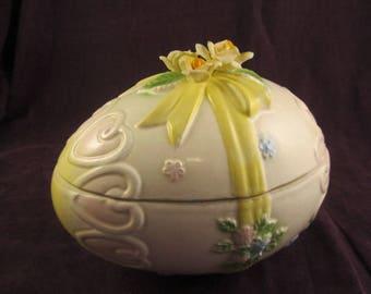 Lefton Porcelain Easter Egg Covered Candy Dish