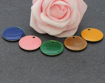 18 mm: 10 round sequins multicoloured LOT1