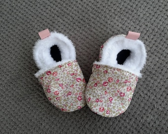 booties for baby, leather, liberty and blanket